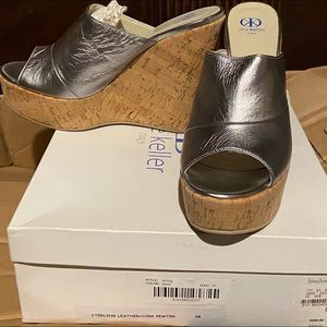NEW Dee Keller Silver Leather Cork Wedge 8